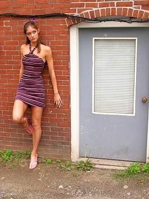 social media 4 steps network girl